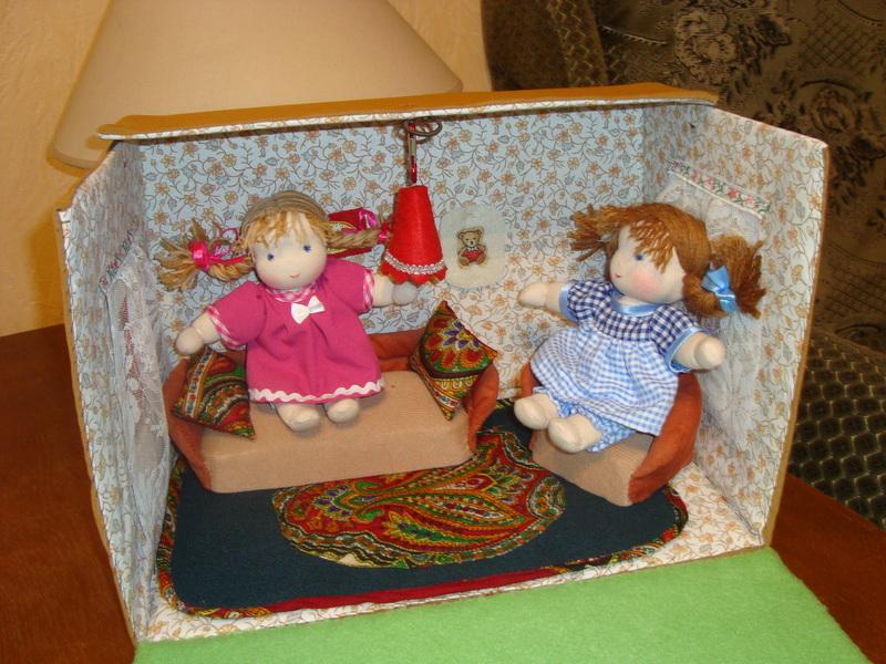 Как сделать домик для маленькой куколки 165