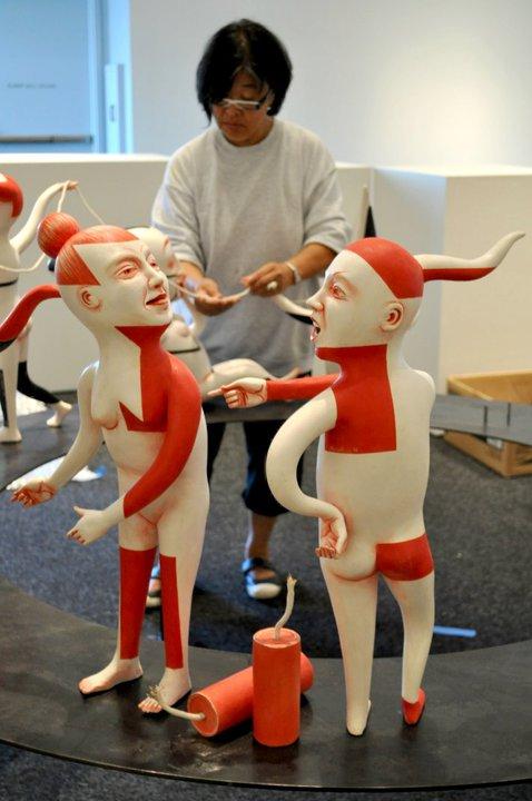 Провокационная керамика Патти Warashina. 40210_460602095588_199019580588_6839268_1868485_n