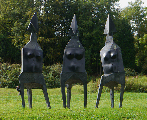Lynn Chadwick _ sculptures _ artodyssey (17)
