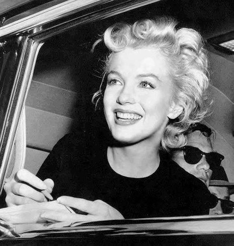 marilyn-monroe-window