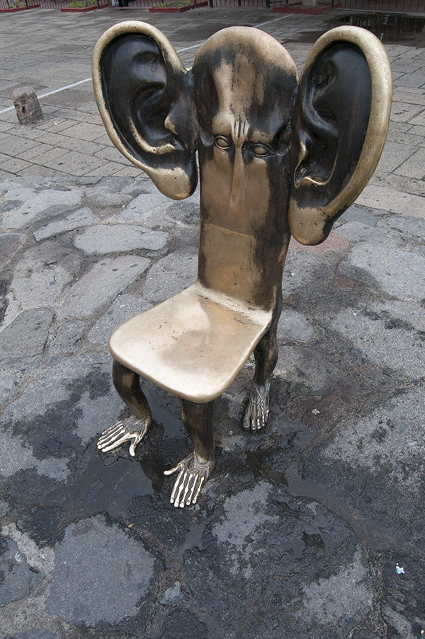 Alejandro Colunga sculptures_artodyssey_chairs (7)