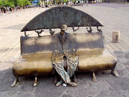 Alejandro Colunga sculptures_artodyssey_chairs