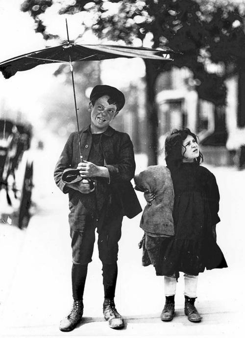William James Children in the Ward, Toronto, Canada, 1908