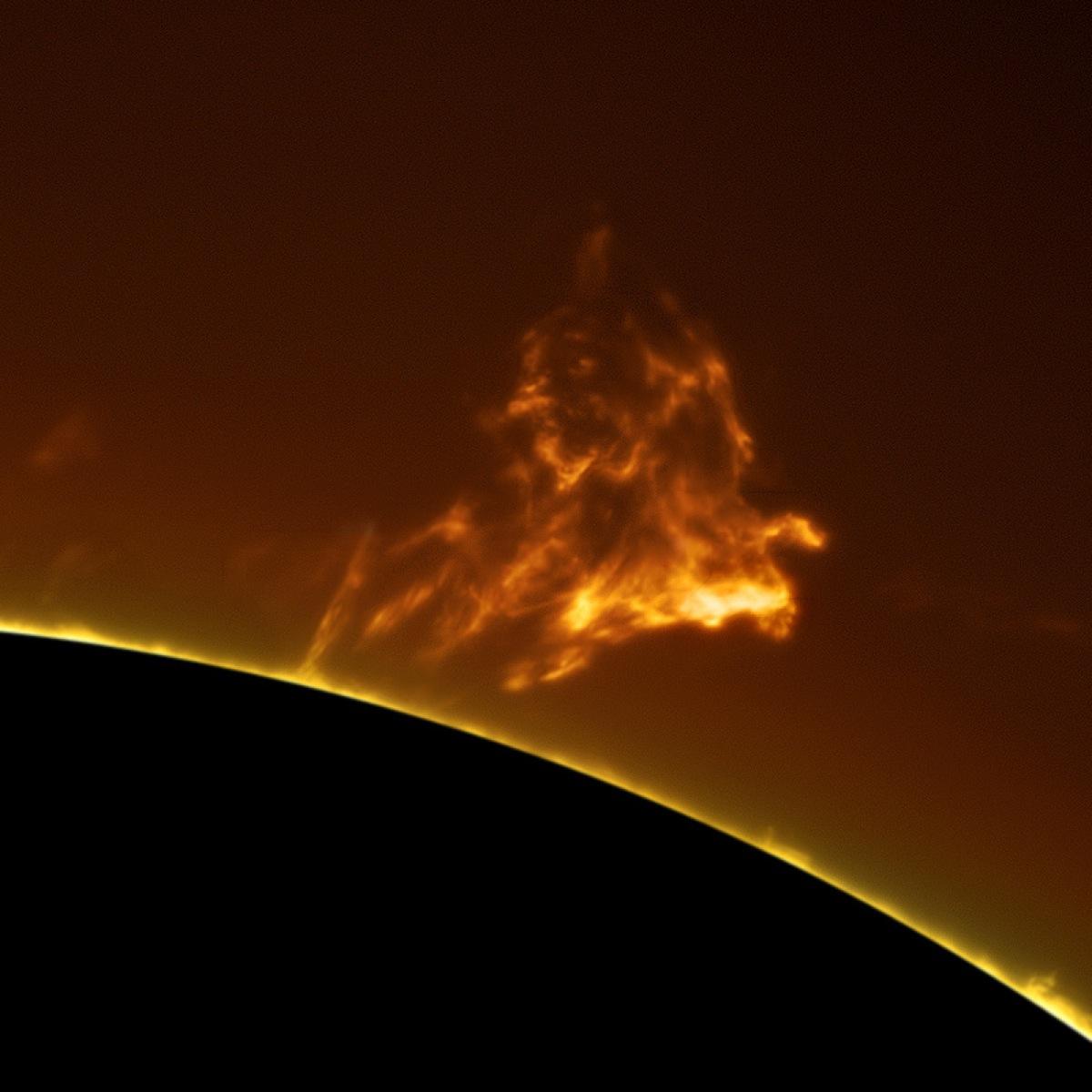 В недрах Солнца