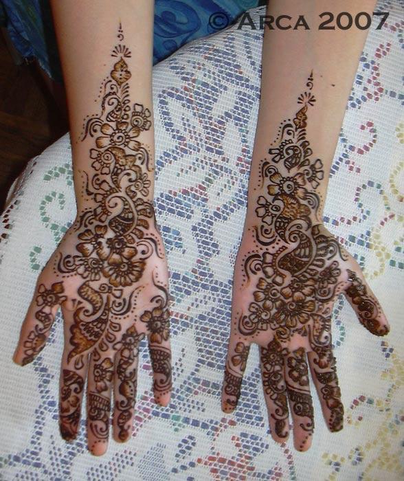 8-sabrine_henna_palm_588_700