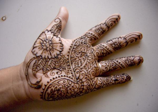 13-henna-hand-design600_427