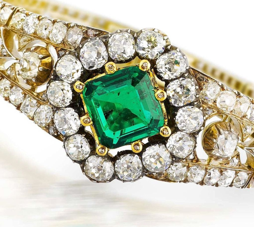emerald-diamond-bracelet