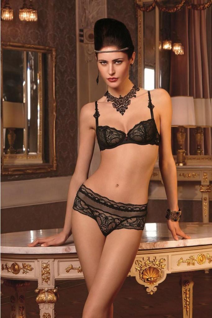 Maud-Le-Fort-Lise-Charmel-lingerie-7-682x1024