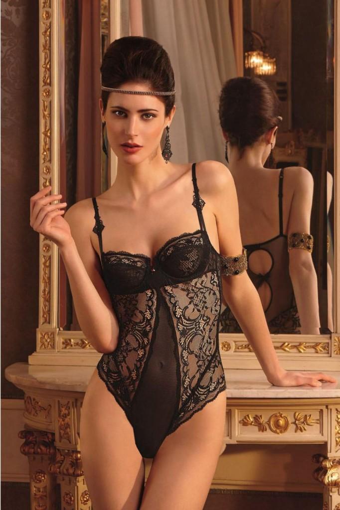 Maud-Le-Fort-Lise-Charmel-lingerie-8-682x1024