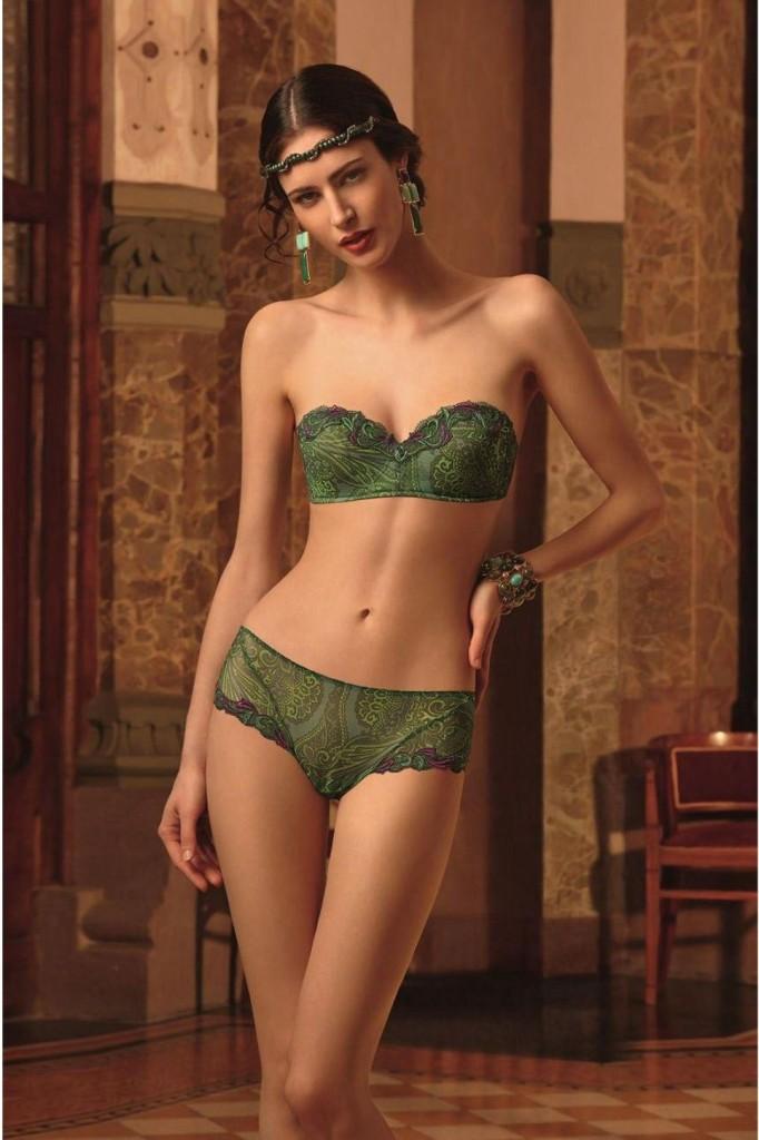 Maud-Le-Fort-Lise-Charmel-lingerie-34-682x1024