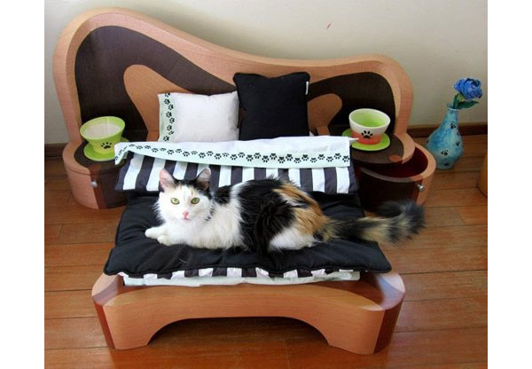 Как из коробки сделать кровать для кошки
