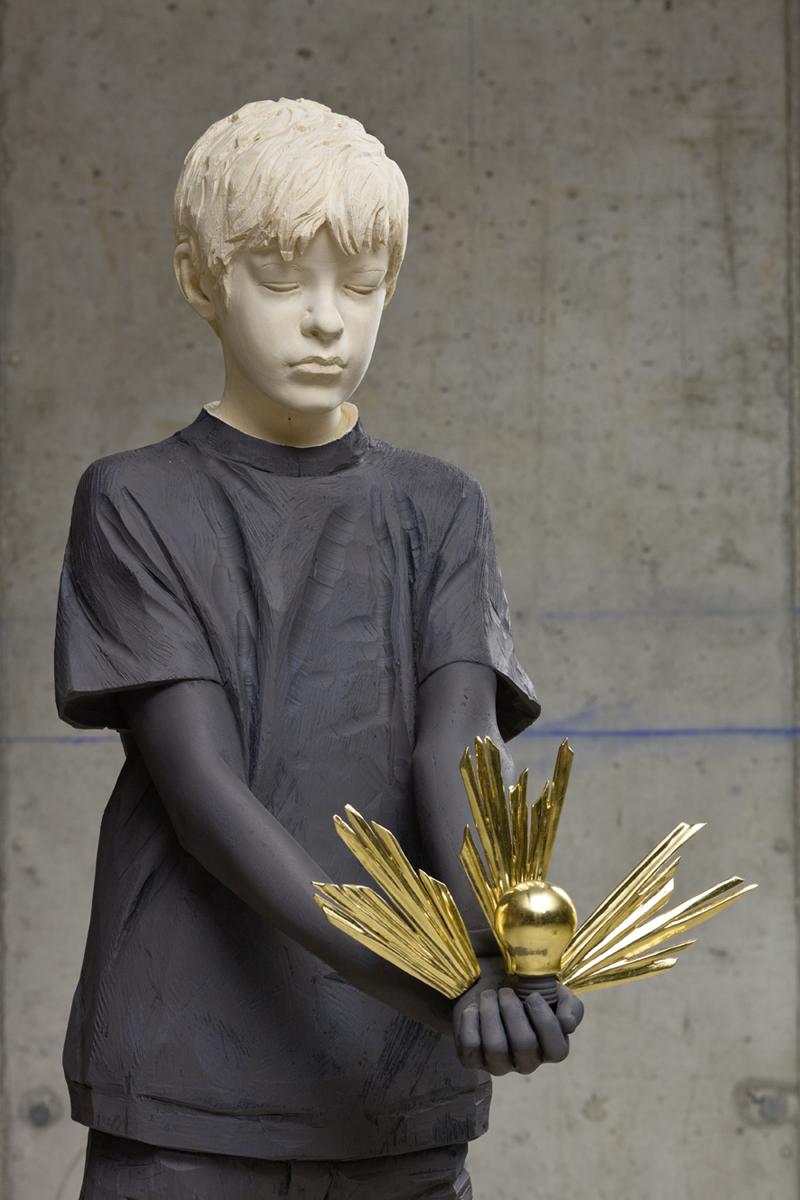 Оригинальные-скульптуры-by-Willy-Verginer