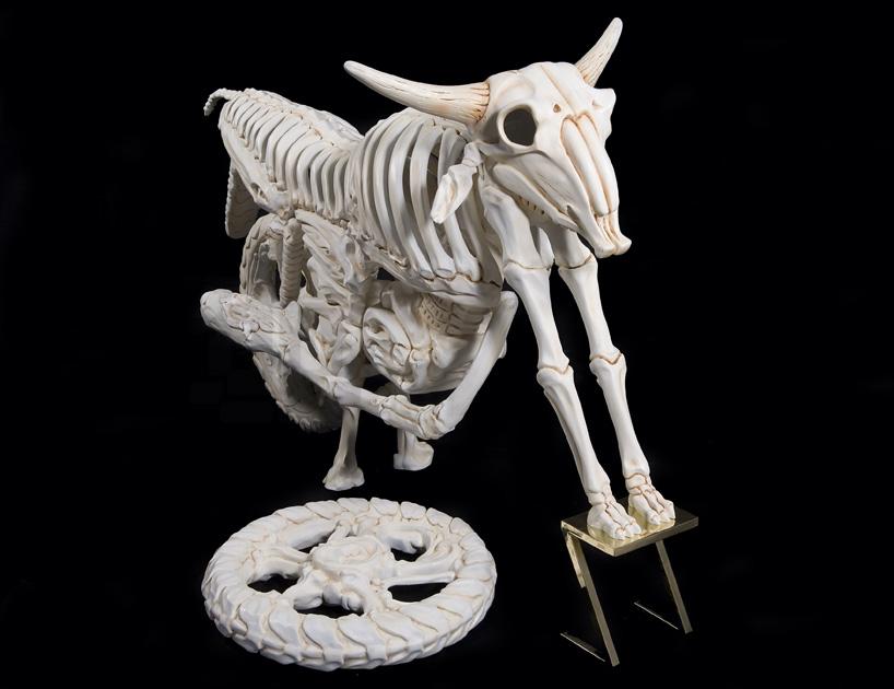 bone-vehicles-by-jitish-kallat-designboom-02