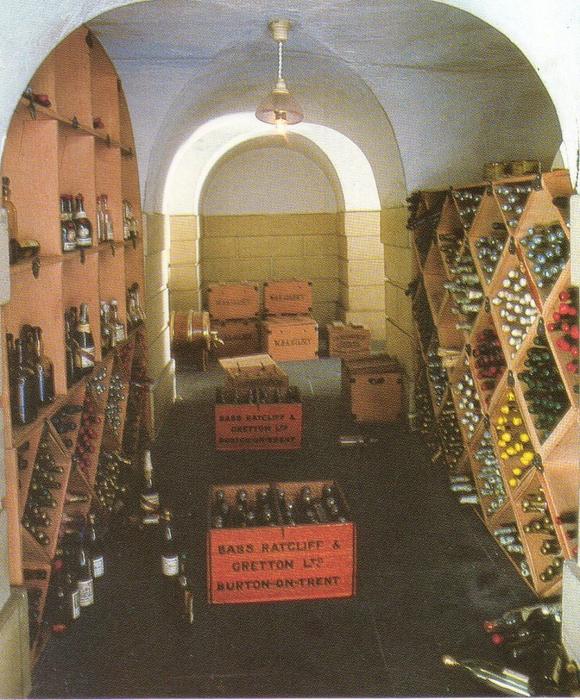 100173457_large_4818761_wine