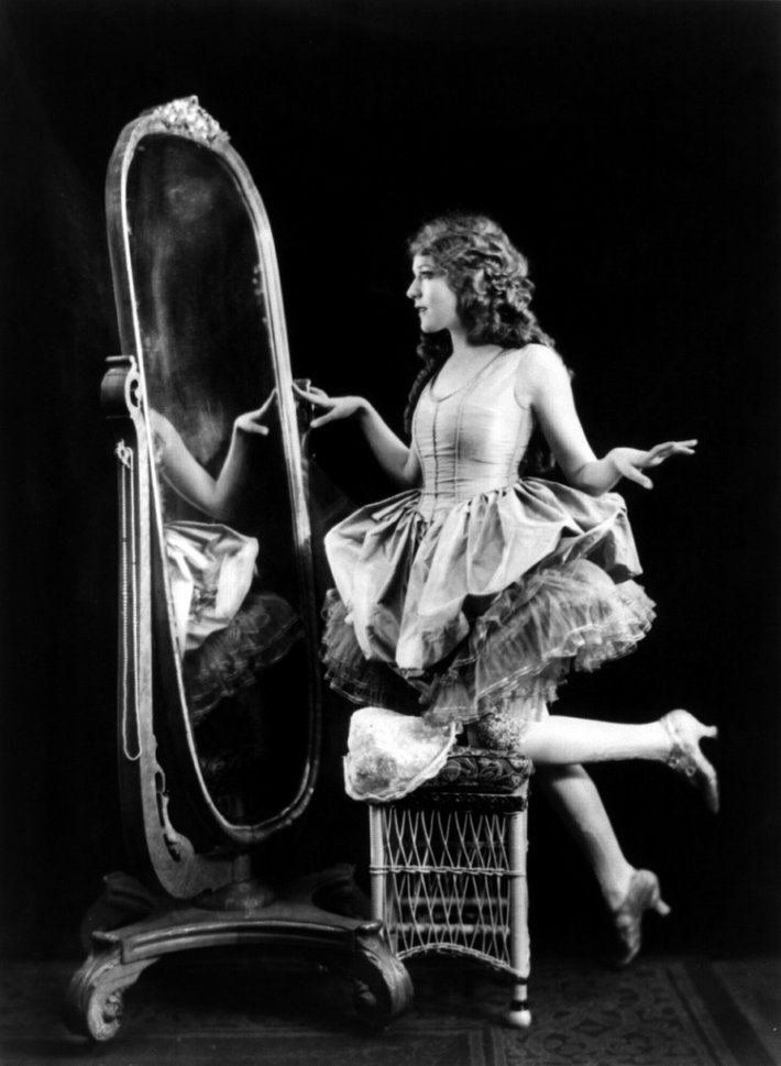 1297028289_mary_pickford-ziegfeld