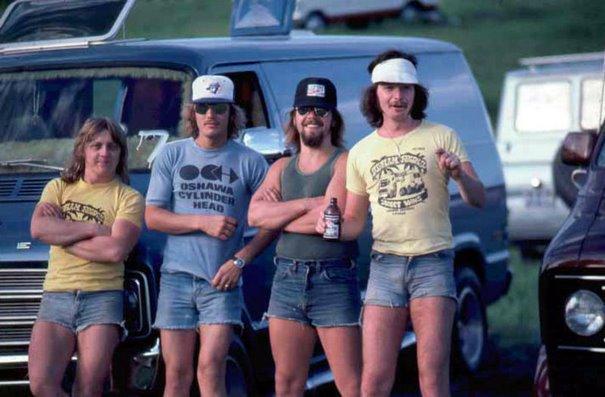 1970s-men-shorts-fashion-41-5923e35578203__605.jpg