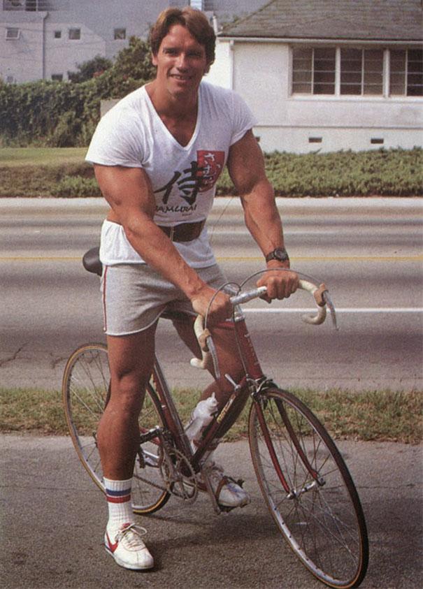 mens-shorts-in-the-1970s-101-59242a2fec4fc__605.jpg