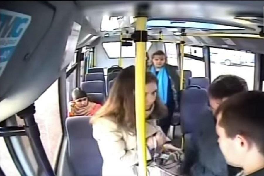 Автобусе видео в
