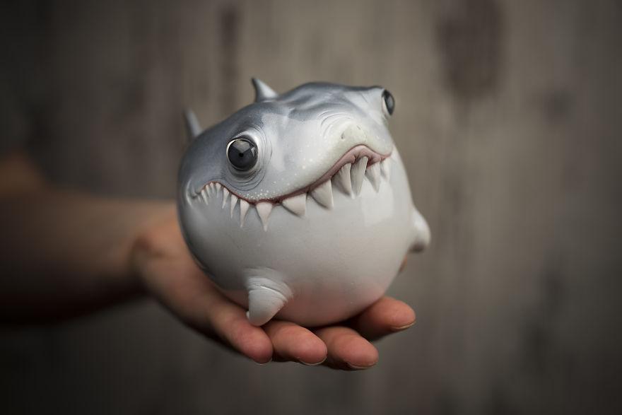 Shark1-593534639966d__880.jpg