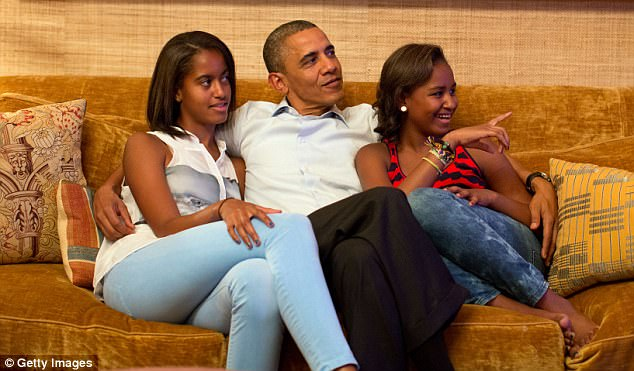 1EB5272E00000578-4578734-Barack_Obama_who_has_two_daughters_Malia_18_and_Sasha_15_was_als-m-38_1496784914811.jpg