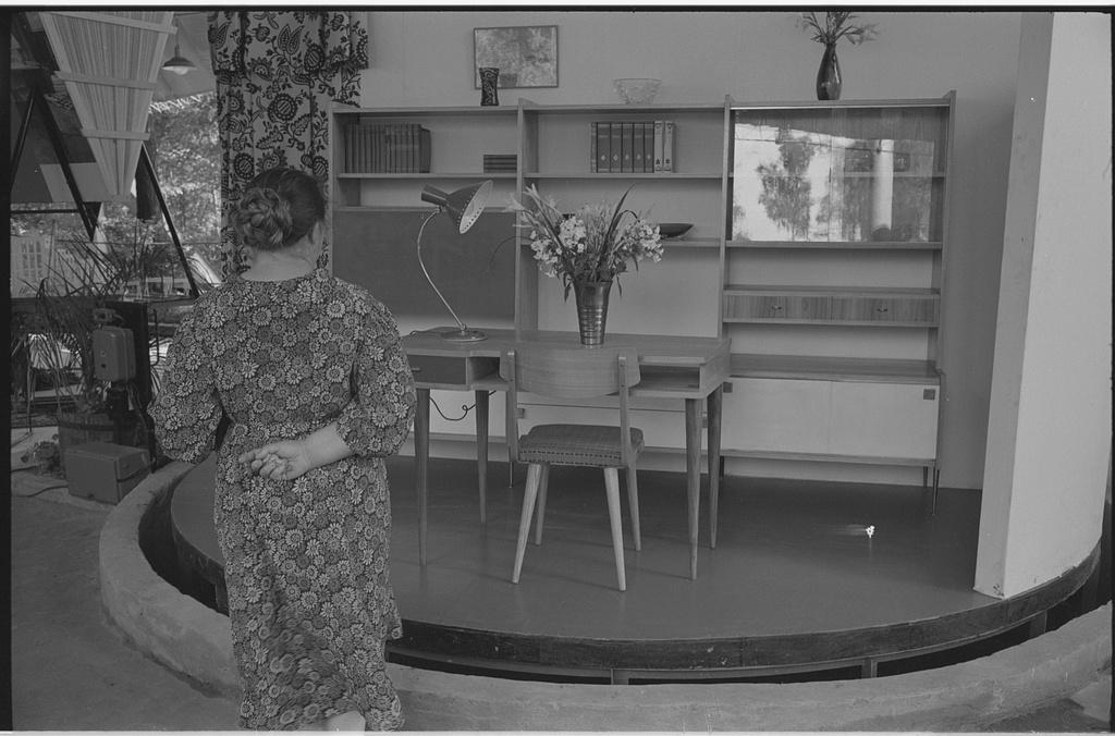 Moscow's-Sokolniki-1959-expo-1.jpg
