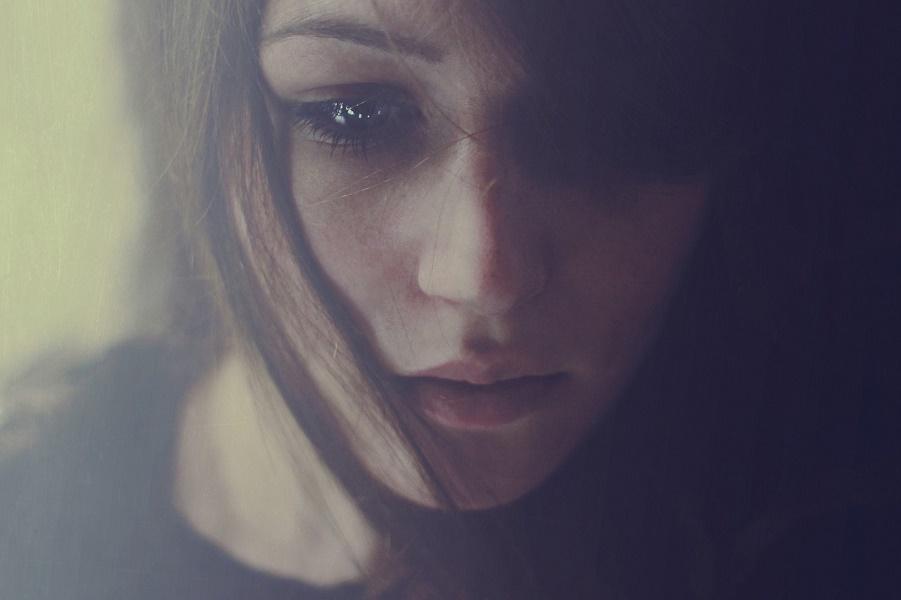 Silence-Girl.jpg