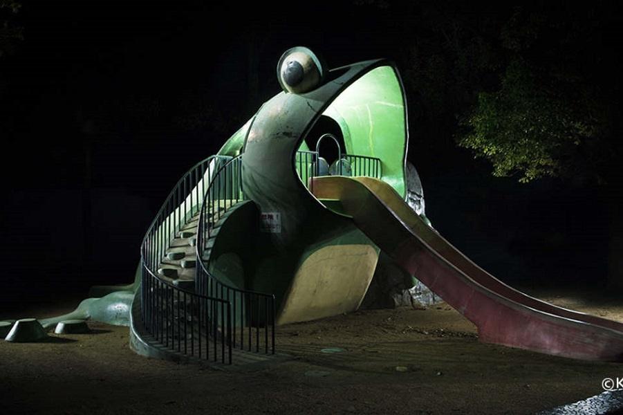 Japanese-Playground-Kito-Fujio-7 (1).jpg