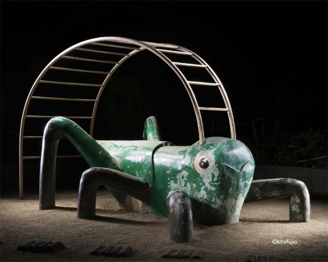 Japanese-Playground-Kito-Fujio-27.jpg