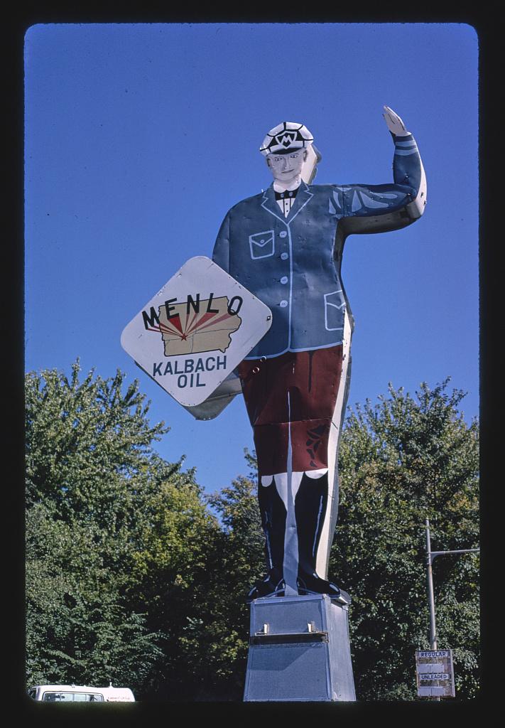 Menlo-Kalbach-gas-sign-Rt.-6-1978.jpg