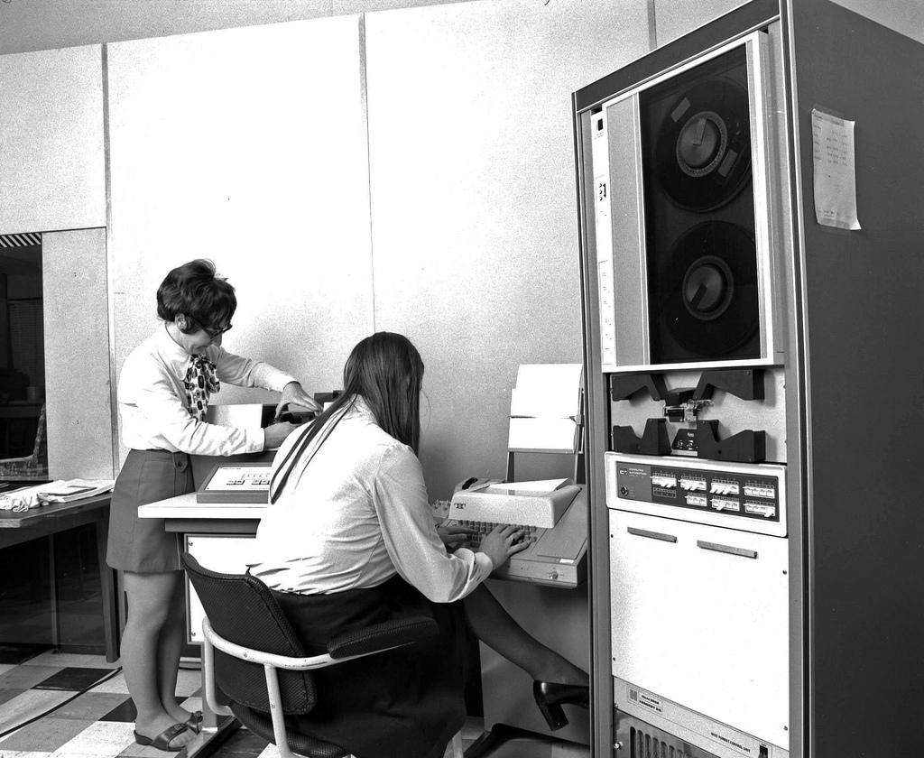 vintage-computers-7.jpg