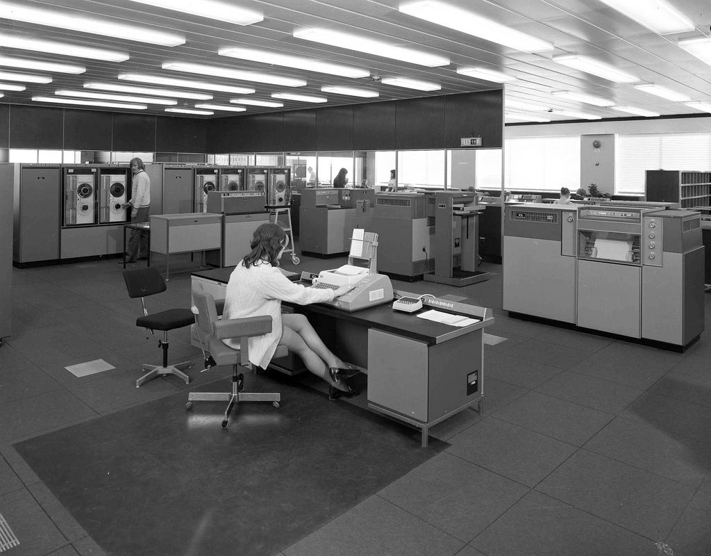 vintage-computers-13.jpg