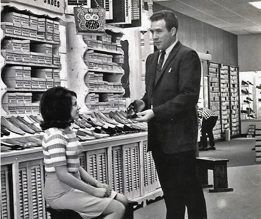 vintage-shoe-salesman.jpg