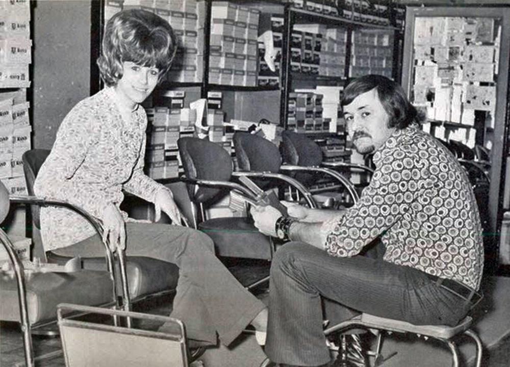 vintage-shoe-salesman-1970s.jpg