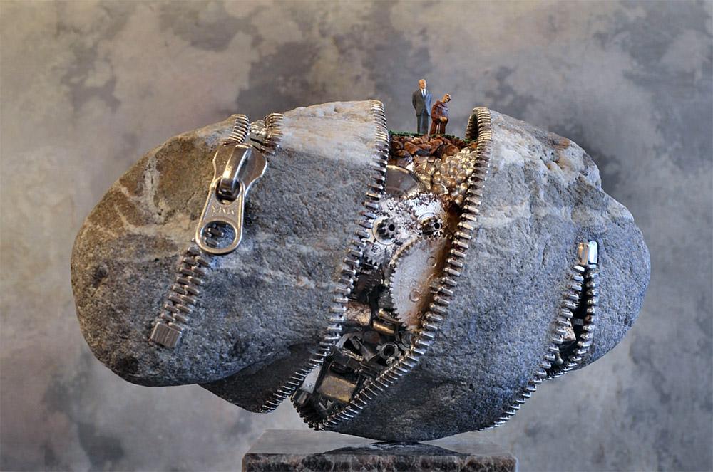 Таинственный камень ito-1.jpg