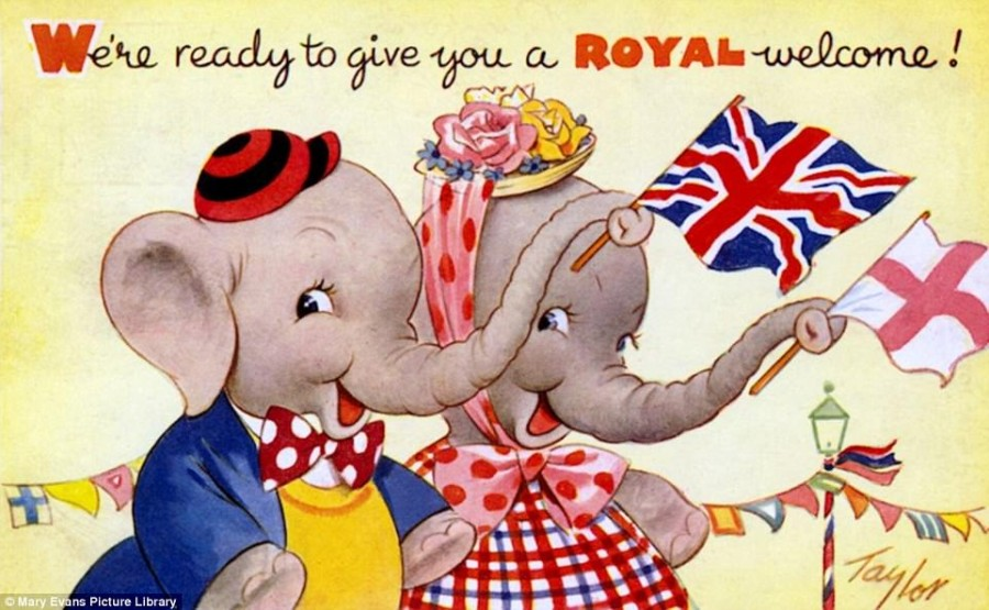 42BD277300000578-4735730-Patriotic_Elephants_1950s_This_postcard_is_from_the_1950s_when_p-a-89_1501159350623.jpg