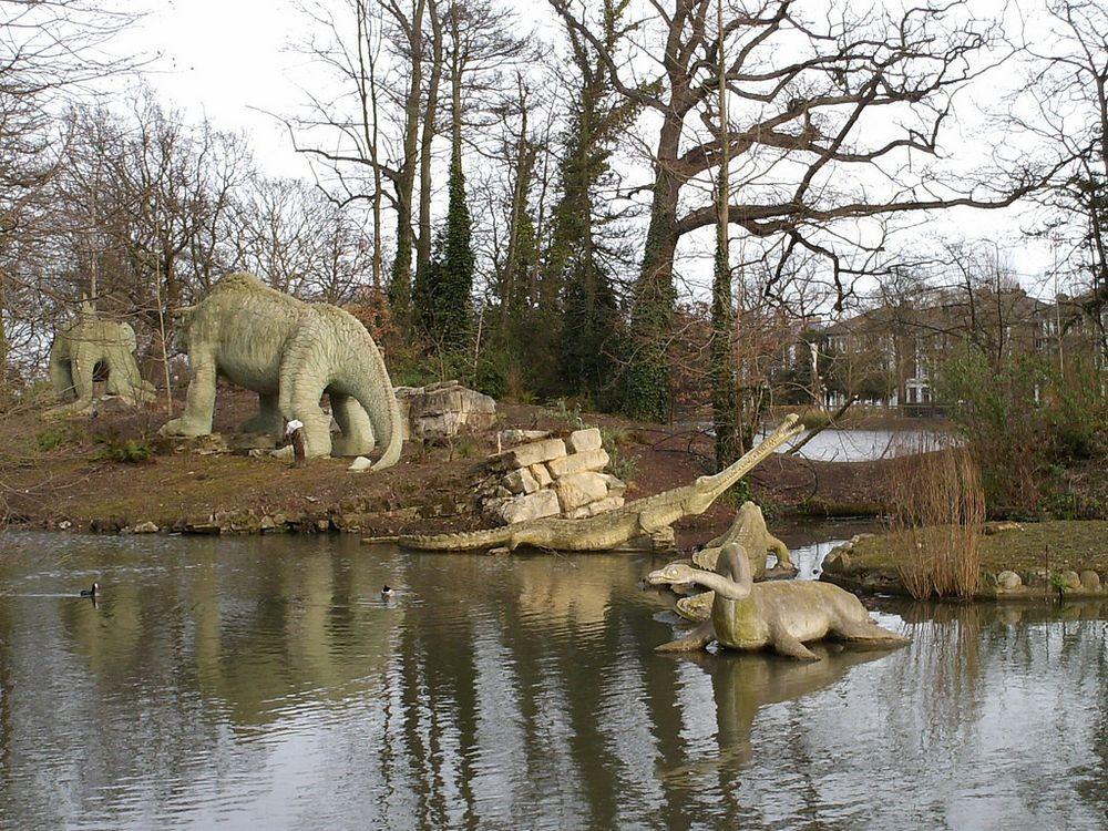crystal-palace-park-dinosaurs-82.jpg