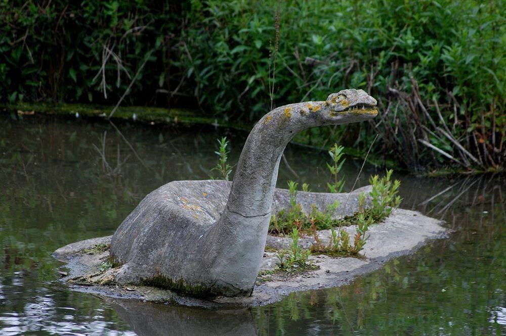crystal-palace-park-dinosaurs-92.jpg