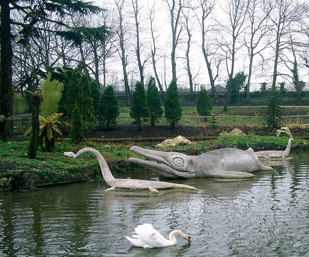 crystal-palace-park-dinosaurs-112.jpg