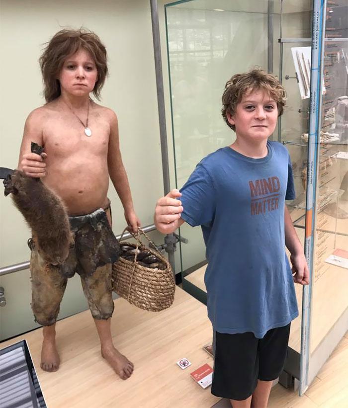 museum-lookalikes-gallery-doppelgangers-132-59b6775cdd712__700.jpg