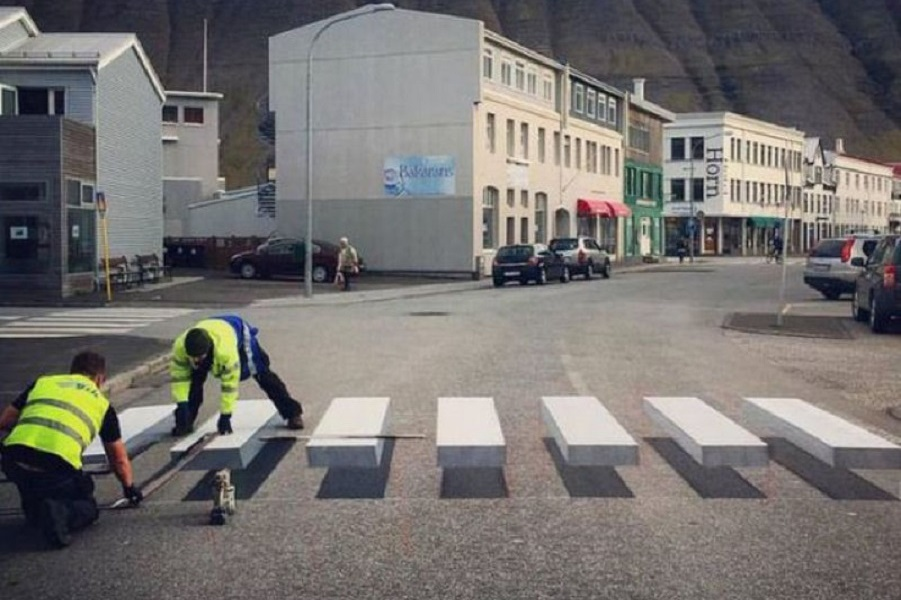 passagem_pedestre_ilusao_optica_islandia_02.jpg