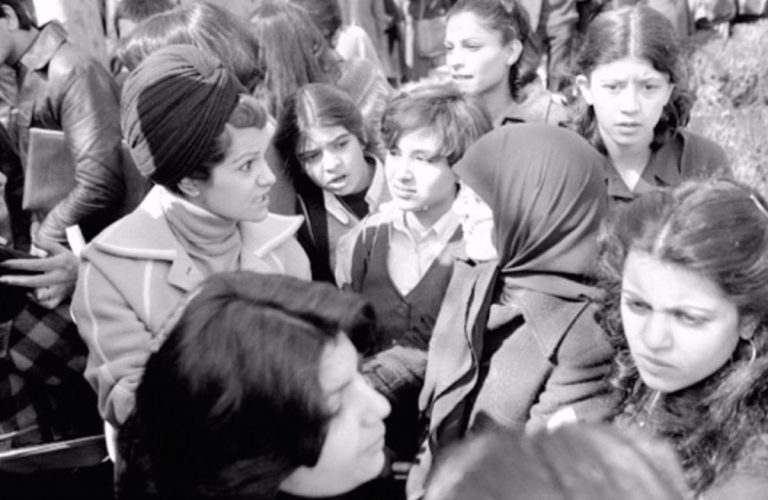Iranveilprotest1979-2-768x500.jpg