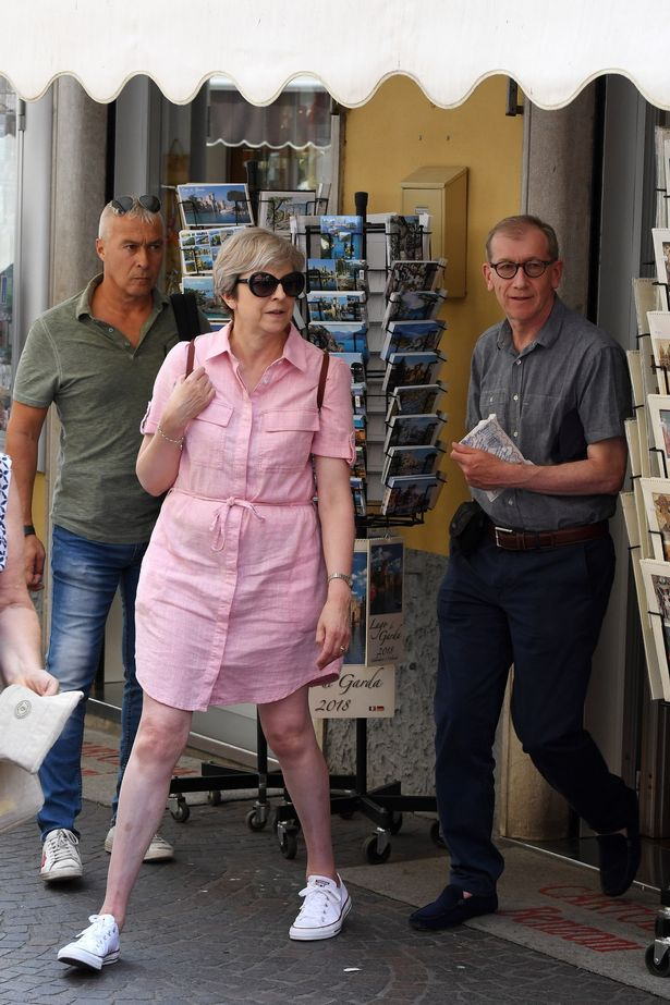 FLYNET-Exclusive-Prime-Minister-Theresa-May-And-Her-Husband-Philip-Go-Shopping-In-Italy.jpg