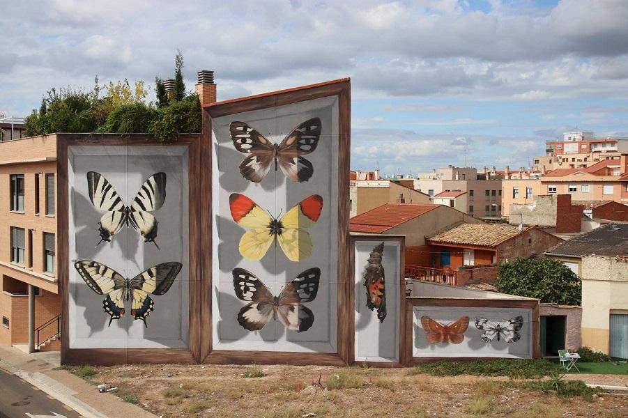 Муралы с бабочками