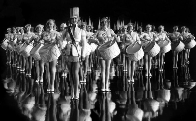 Joan-Blondell-Footlight-Parade-1933-768x474.jpg