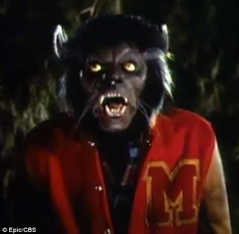 45E49F4500000578-5037687-The_original_Michael_is_shown_in_a_still_as_a_werewolf_in_the_Th-a-23_1509522239252.jpg
