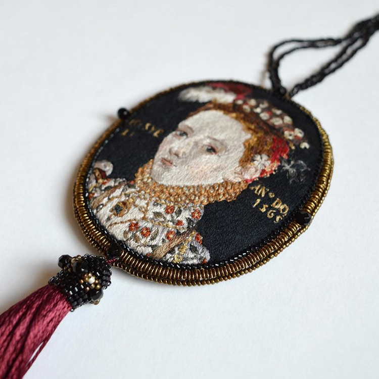 embroidery-renaissance-paintings-maria-vasilyeva-2.jpg