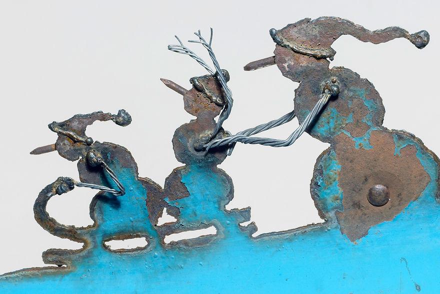 Snow-man-shovel-Tobaggan-Detail-1400x933-59d420f9602ca__880.jpg