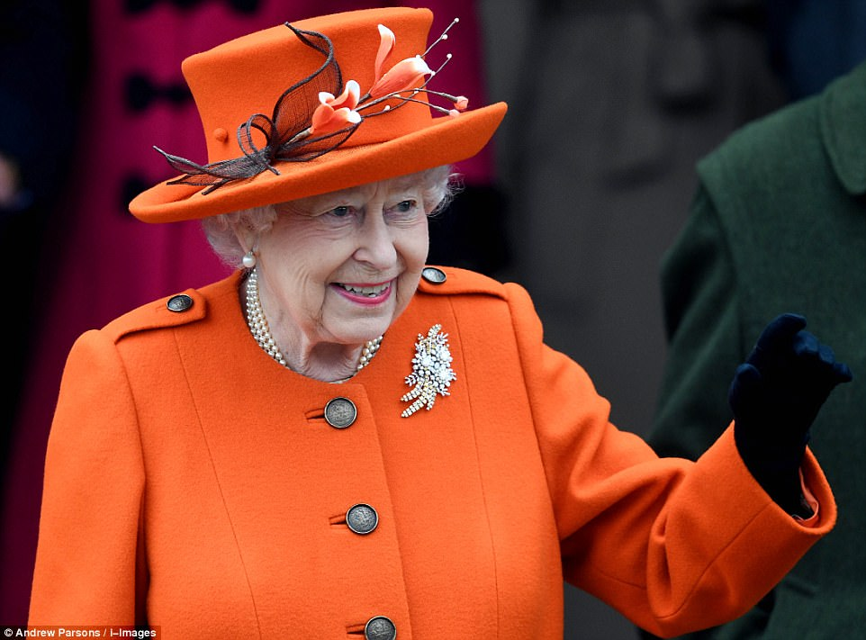 4791463400000578-5211253-The_Queen_arrived_at_the_service_later_by_car_wearing_a_bright_o-m-173_1514205771451.jpg