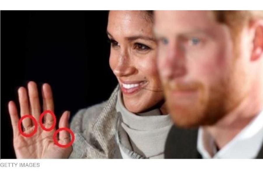Три кольца, которые Меган Маркл носит на правой руке, имеют значение