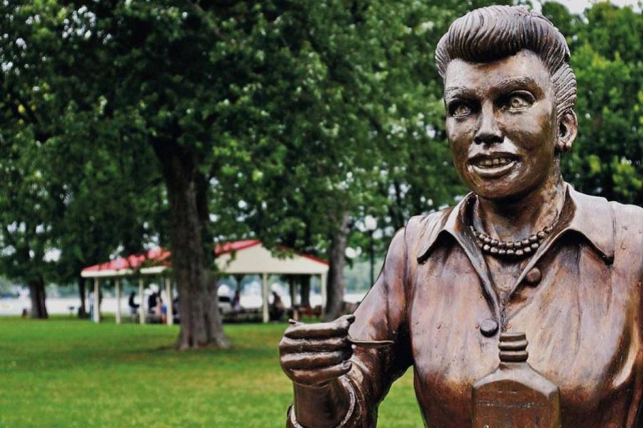 Бич бронзовых зомби: как ужасные статуи разрушают искусство